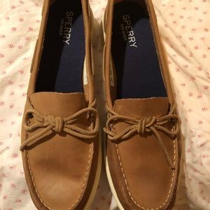 Sperry leather oasis canal boat shoe